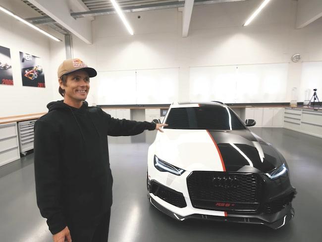 Bilen har fått ett rejält lyft jämfört med en vanlig Audi RS6