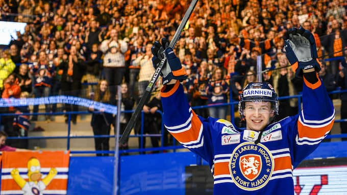 Elias Pettersson gör succé under sin första säsong i SHL. Foto: JONAS LJUNGDAHL / BILDBYRÅN