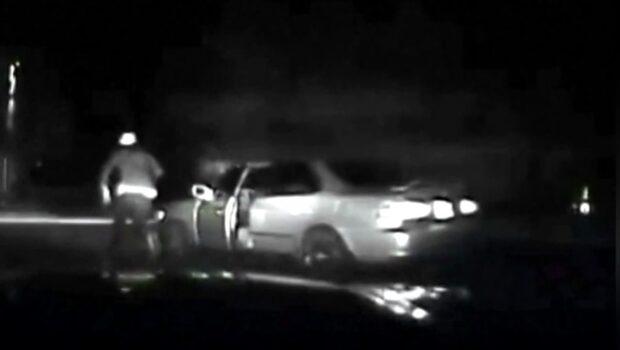 Glömmer handbromsen - blir påkörd av sin egen bil
