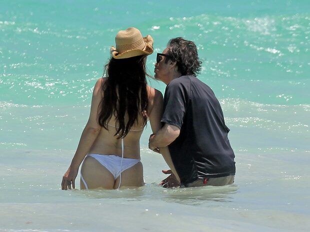 Al Pacinos lycka med 39 år yngre kärleken