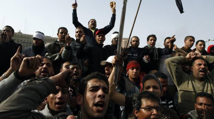 """""""Arabiska våren"""", här en bild från Kairo 2011. Foto: Khalil Hamra / AP"""