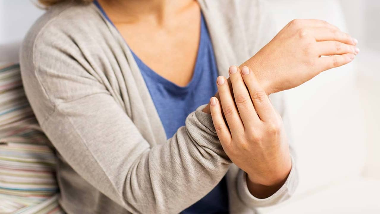 artros tumme symptom