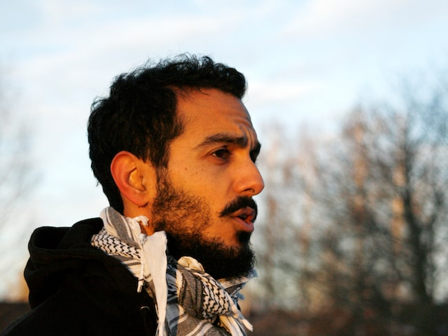 Gurgîn Bakircioglu, 34 sa upp sitt fasta jobb till förmån för fritt resande.