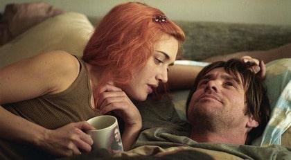 """Ur filmen """"Eternal sunshine of a spotless mind"""". Joel (Jim Carrey) och Clementine (Kate Winslet) raderar sina minnen efter att de har gjort slut. Men när minnena tas bort och gås igenom i Joels huvud upptäcker han själv varför han älskade Clementine från första början."""