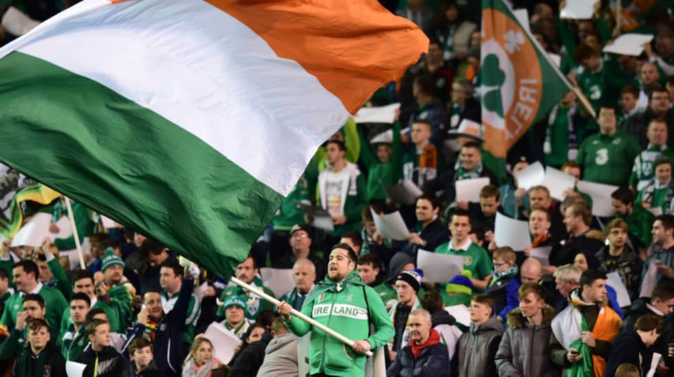 De irländska fansen hoppas på seger mot Sverige i premiärmatchen. Foto: Charles Mcquillan / GETTY IMAGES GETTY IMAGES EUROPE