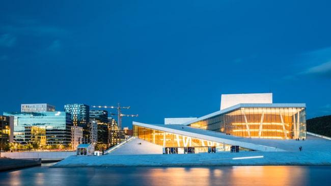 Oslos operahus vid vattnet har blivit ett landmärke och en populär mötesplats.