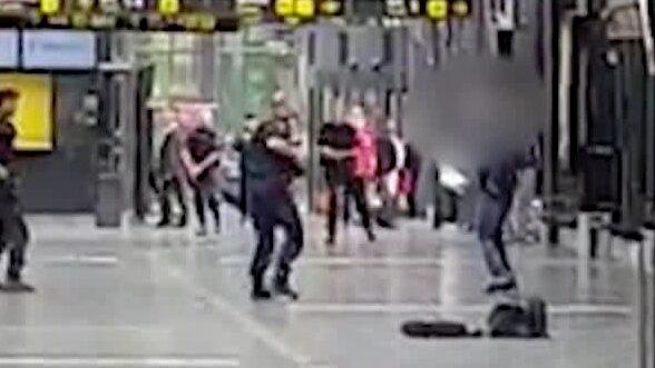 Här flyr mannen från polisen inne på centralstationen