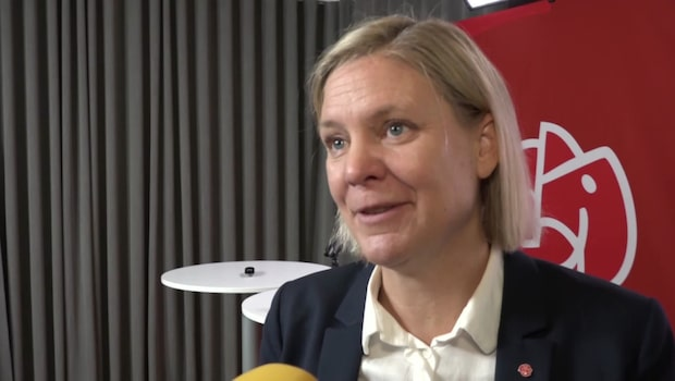 Finansminister Magdalena Andersson svarar på kritiken om familjeveckan