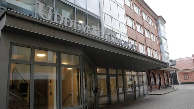 Busschauffören åtalas nu vid Uddevalla tingsrätt. Foto: HENRIK JANSSON