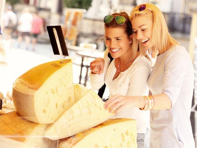 Glädjebesked för ostälskare – men studien strider mot livsmedelsverkets rekommendationer.