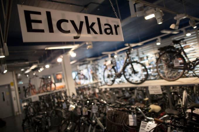Elcykelmarknaden växer i Sverige. Nu är det lågsäsong men till våren väntas den ta fart igen. Foto: Björn Larsson Rosvall / TT NYHETSBYRÅN