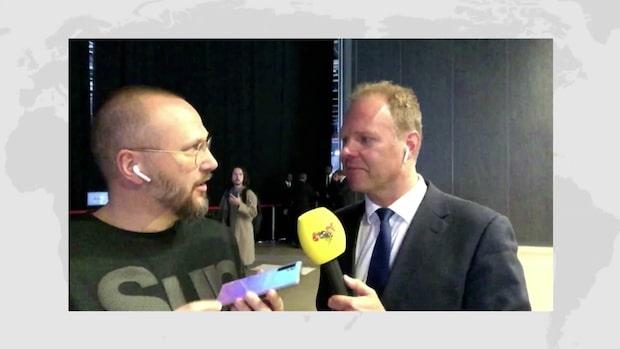 """Roger Åberg, Feber: """"Väldigt mycket fokus på kamera"""""""