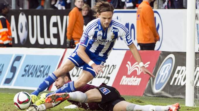 Blåvitts Tom Pettersson riskerar att missa söndagens cupmatch i Stockholm. Foto: Bobbo Lauhage