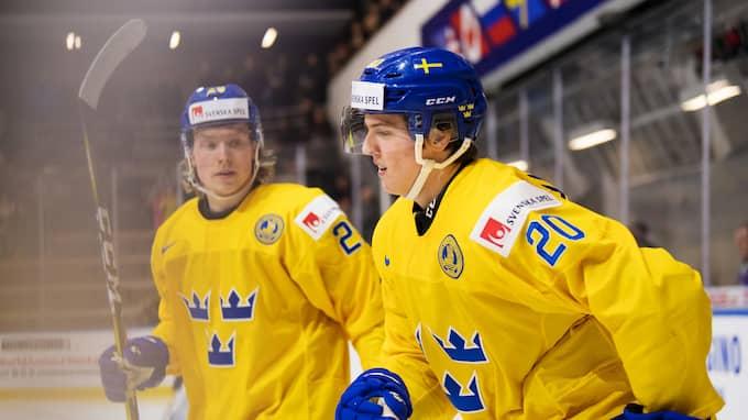 Oskar Steen och Isac Lundeström jublar efter 1-0. Foto: JOEL MARKLUND / BILDBYRÅN