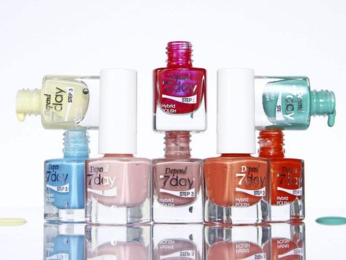 """I dag finns en uppsjö av olika nagellack att välja mellan. Här är Depends """"7 day""""."""