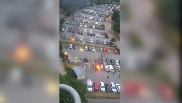 Se polisens film från bilbränderna i Frölunda