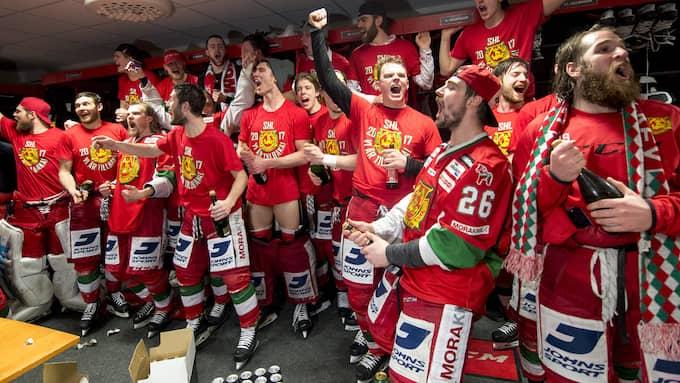 Mora IK firar avancemanget till SHL. Foto: ULF PALM/TT / TT NYHETSBYRÅN