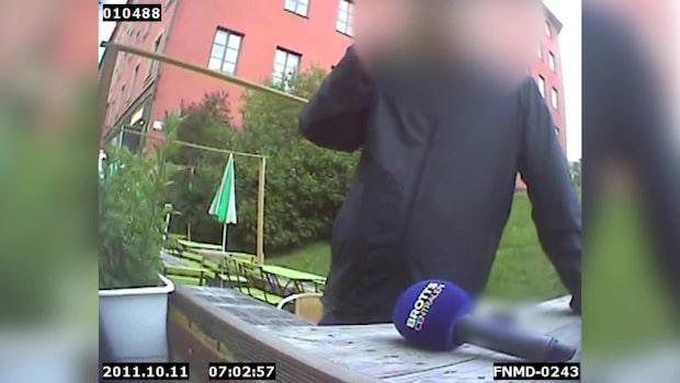 """SVT-chef avslöjad på """"sugar dating""""-sajt: skulle köpa 14-åriga Linneas oskuld"""