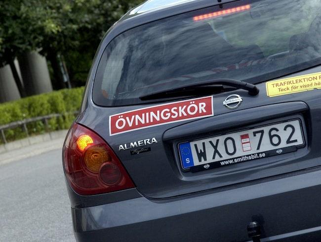 Statistiken ser bättre ut för de som gör kröprovet för B-körkort i norr, jämfört med de som försöker klara köra upp i Stockholm eller ännu längre söderut.