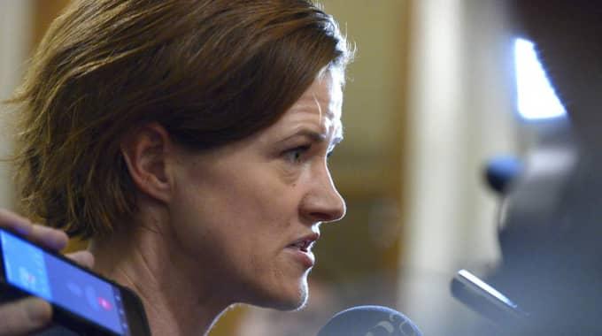 Moderatledaren Anna Kinberg Batra sa efter presskonferensen att hon är orolig för att åtgärderna inte är tillräckliga. Foto: Janerik Henriksson/TT