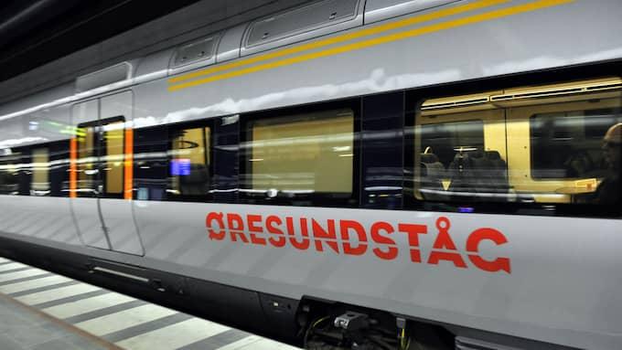 Det var när Elina skulle kliva av Öresundståget i Falkenberg som olyckan inträffade. Bilden är från ett annat tillfälle. Foto: CHRISTER WAHLGREN