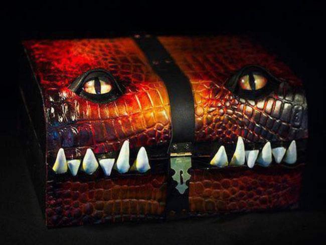 <span>Skapelserna är inspirerade av &quot;The Mimics&quot;, ett monster av &quot;Dungeons and Dragons&quot;-typ som gömmer sig genom att se ut som en skattkista.</span>