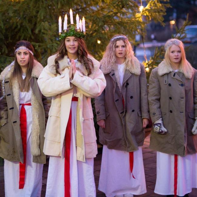 <span>Lucia firas den 13 december och är förknippat med sång och musik.</span>