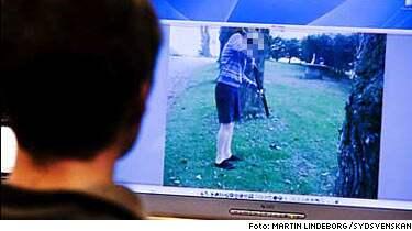 Godsägarsonen filmade när han plågade och sköt djur och lade sedan ut filmen på nätet. Nu är han polisanmäld.