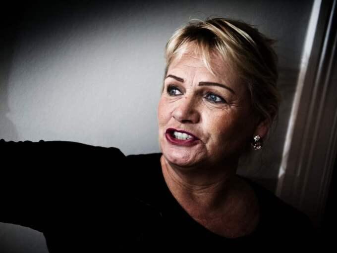 Metoden kritiseras av nyblivna EU-parlamentarikern Soraya Post (Fi). – Det är skamligt att man förflyttar folk på det sättet, säger hon till GT. Foto: Robin Aron