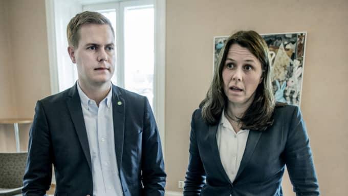 MP:s språkrör Gustav Fridolin och Åsa Romson. Foto: Lars Pehrson/Svd/Tt / SVENSKA DAGBLADET TT NYHETSBYRÅN