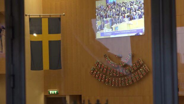 Ulla Anderssons (V) missnöje med M och KD:s budget