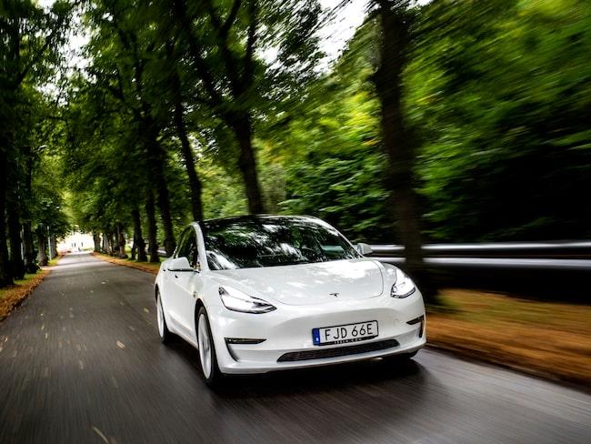 Tesla Model 3 var den populäraste elbilen i Sverige under 2019 med totalt 4 216 nyregistreringar.