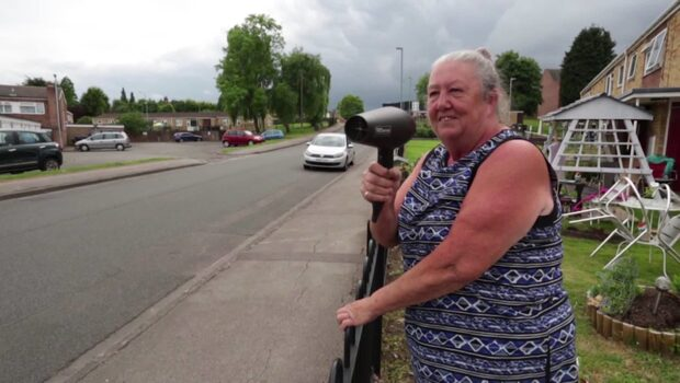 Pensionärens briljanta idé för att sänka hastigheten