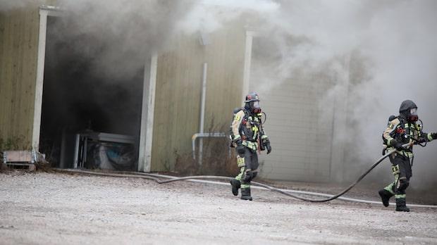 Allmänheten i Gävle varnas för giftig brandrök