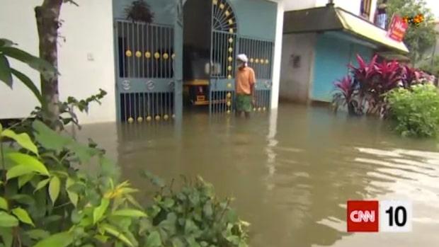 Stora översvämningar skördar liv i Indien