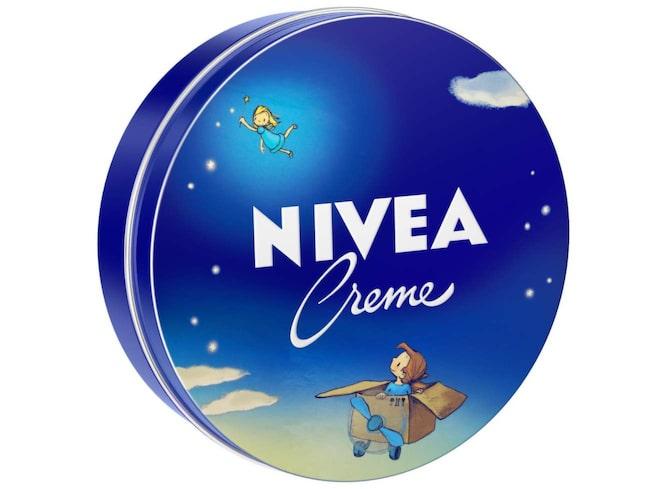 <span>Nive - här i en specialutgåva från 2015 - kan användas till så mycket mer än på läpparna.</span>