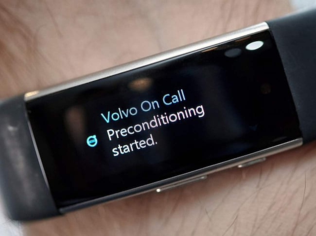 Microsoft Band 2 med Volvos app On Call.