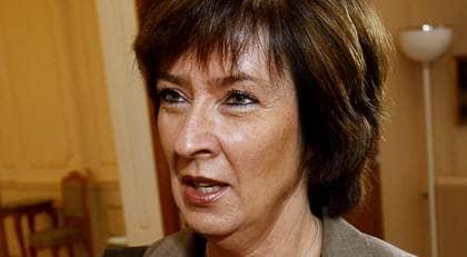 Social-demokraterna med Mona Sahlin i spetsen har utarbetat en ny strategi för att vinna över alliansen i nästa val. Foto: SVEN LINDWALL