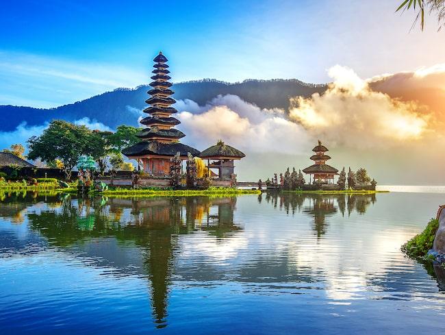 Vänliga Bali bjuder på tempel, yoga-retreat och vackra stränder.