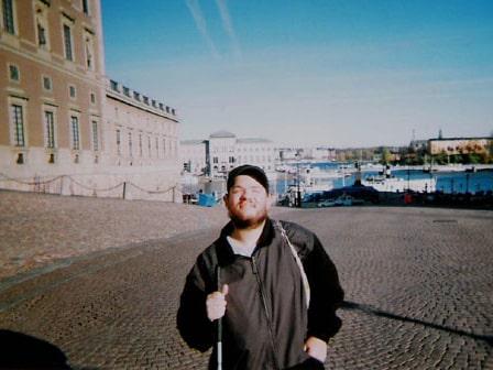 För drygt tio år sedan besökte Tony Giles de nordiska länderna, och bland annat det kungliga slottet i Stockholm.