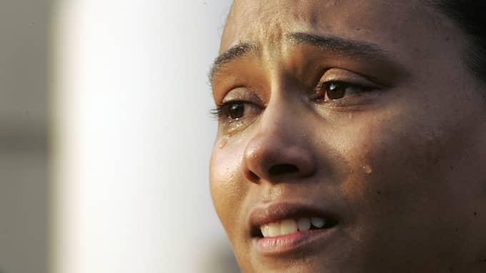Jones på presskonferensen 2007 när hon erkände att hon ljugit om dopingen Foto: MARY ALTAFFER / AP