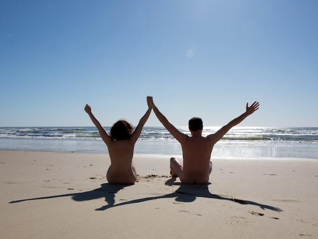 Nudist, naturist eller bara ett fan av nakenbad?