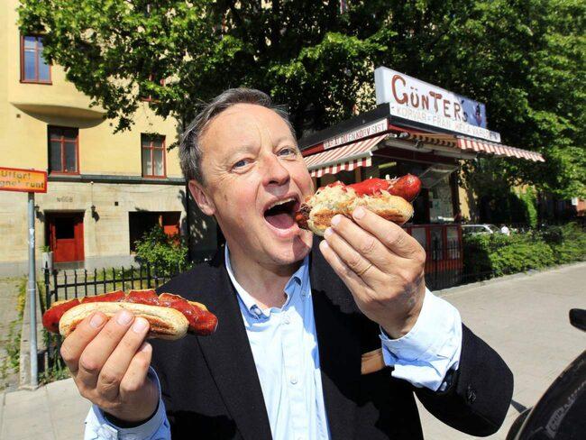 <span>Günters Korvar är lika kryddiga som populära. Här testar Expressens reporter Tommy Schönstedt utbudet.<br></span>