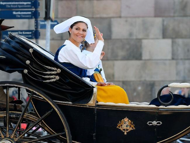Kronprinsessan och hennes familj deltar i firandet i Stockholm.