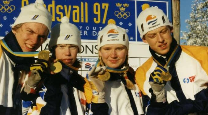 Succé på ungdoms-OS i Sundsvall 1997. Det blir guld för Johan Olsson, Lina Andersson, Sara Enkvist och Mattias Almgren i mixedstafetten.