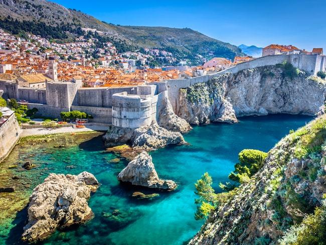 Dubrovnik är en av Europas vackraste städer med medeltida stadskärna.