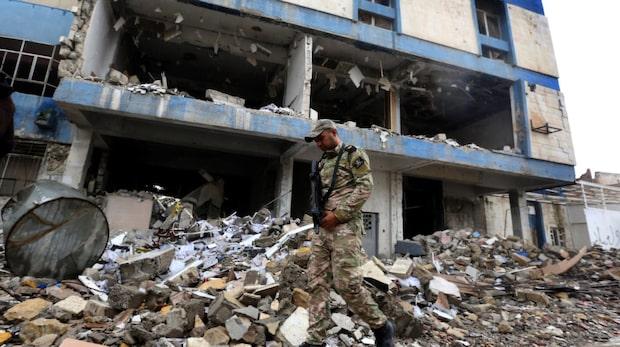 Minst 200 civila dog i flyganfall