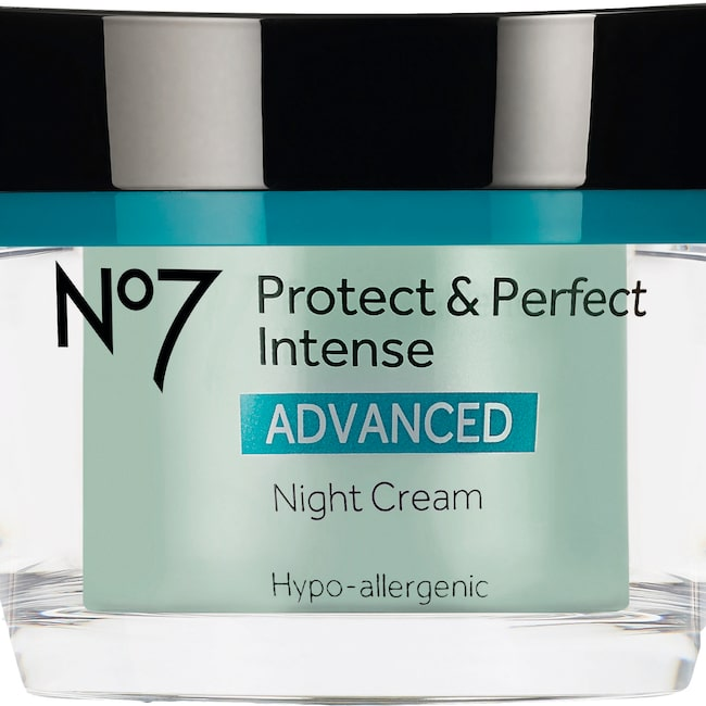 Protect & perfect intense advance, 289 kronor/50 ml, No 7