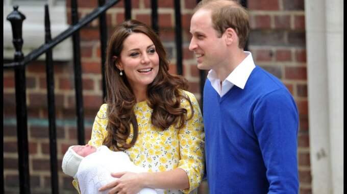 Under måndagen ska drottningen träffa den nya prinsessan när familjen åker till sitt privata hus i Norfolk. Foto: Ben Stevens