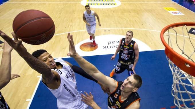 Svensk basket gör storsatsning på tv. Nu kan du se Borås Basket möta Södertälje Kings i grundspelsmatchen – online. Foto: Carl Sandin
